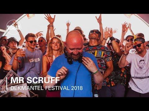 Mr Scruff | Boiler Room x Dekmantel Festival 2018 - UCGBpxWJr9FNOcFYA5GkKrMg