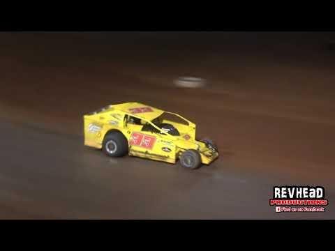 V8 Dirt Modifieds - Final - Maryborough Speedway - 15/5/2021 - dirt track racing video image