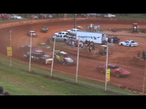 Stock V8 at Winder Barrow Speedway June 26th 2021 - dirt track racing video image