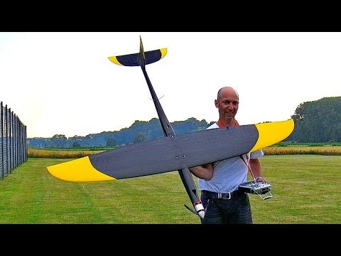 STUNNING RC SPEED APP. 500KMH 308MPH BIG MONSTER FROM HJK SPEEDWINGS FLIGHT DEMONSTRATION - UCH6AYUbtonG7OTskda1_slQ