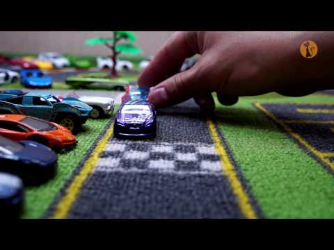 Авария на трассе! #Машинки Хот Вилс устроили гонки! Hot Wheels Race - Crash on track! - UCwySe6_O_lrMHN0XnJvDhbQ