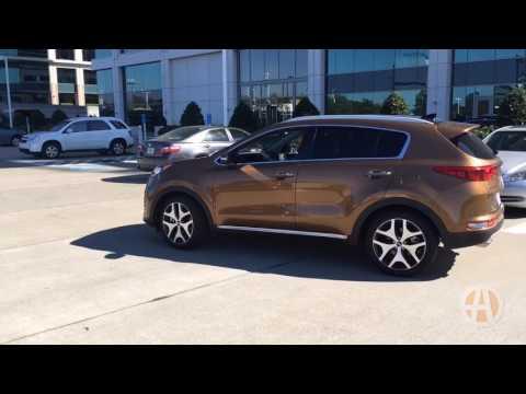 2017 Kia Sportage SX: Surprisingly Premium - Video