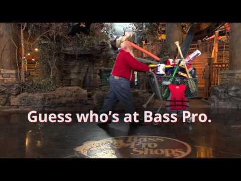 Santa Goes Shopping | Santa's Wonderland | Bass Pro Shops