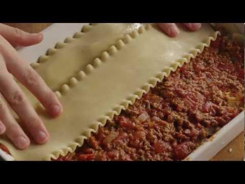 How to Make American Lasagna | Allrecipes.com - UC4tAgeVdaNB5vD_mBoxg50w