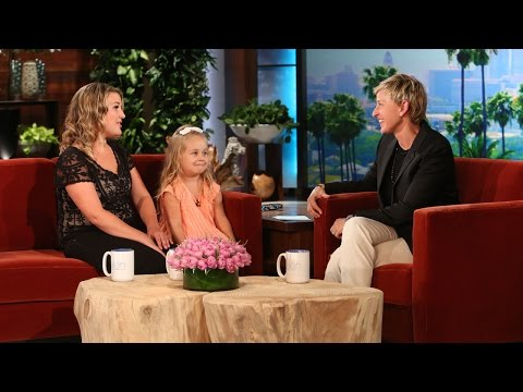 Adorable 'Frozen' Mom and Daughter Are Here - UCp0hYYBW6IMayGgR-WeoCvQ
