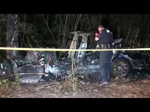 Driver's Seat Was Empty When Tesla Crashed, Killing 2, Cops Say