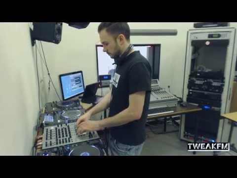 Milton Bradley in TweakFM (Alien Rain, Do Not Resist The Beat) - UCItrkTDXsezSY2QNOhVp5Rw
