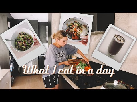 What I Eat In A Day + Tips On How I Stay Productive/Positive
