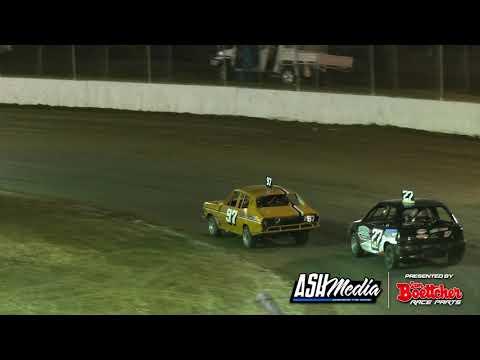 Junior Sedans: 2020/21 Queensland Title - B-Main 1 - Roma Speedway - 01.05.2021 - dirt track racing video image