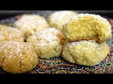 Coconut Ghriba (Moroccan Coconut Cookie) Recipe - CookingWithAlia - Episode 195 - UCB8yzUOYzM30kGjwc97_Fvw