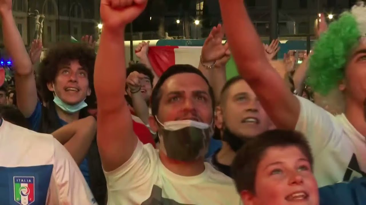 LIVE: Fans gather at Piazza del Popolo for Italy vs Switzerland match