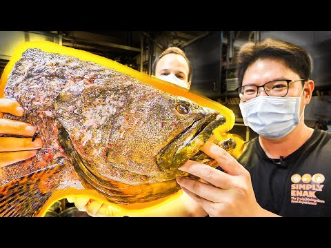Most INSANE Street Food in Asia – The BIGGEST 10LB Fish Head STEAMED + Street Food of Ipoh, Malaysia