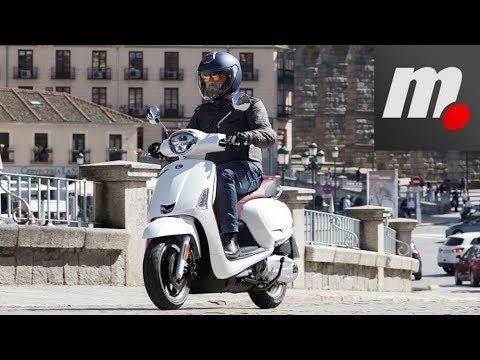 Kymco Like 125 | Presentación / Primera Prueba / Test / Review en español | motos.net