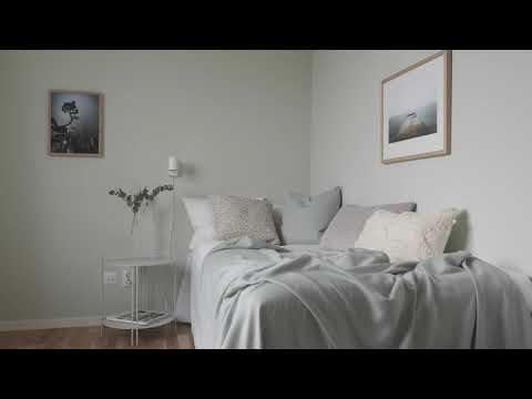 Visning av en lägenhet på 4 rum och kök i Enskede