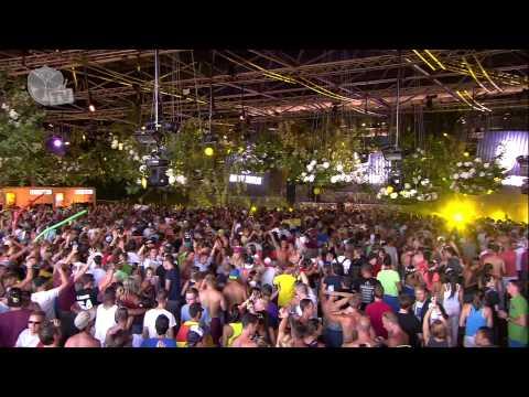 Tomorrowland 2013 - Wolfpack - UCsN8M73DMWa8SPp5o_0IAQQ