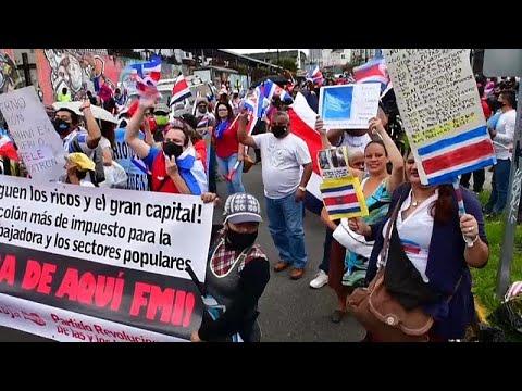 El presidente de Costa Rica renuncia a pedir ayuda al FMI