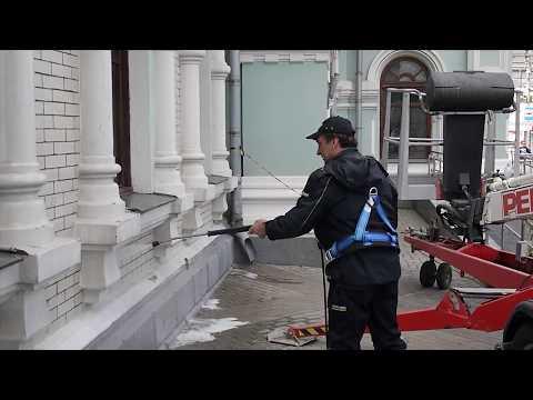 Kärcher reinigt Fassade des Rigaer Bahnhofes in Moskau