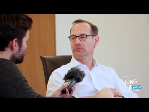 Allianz | What Customers Need | Oliver Bäte in interview with Jung & Naiv