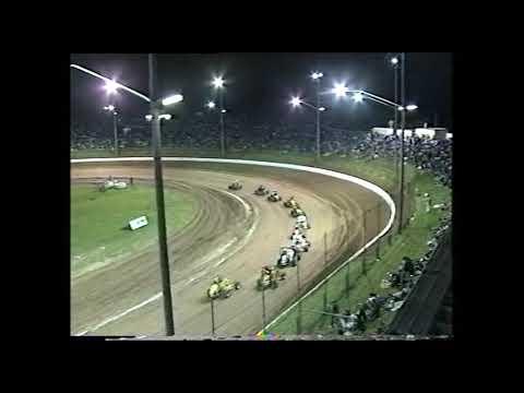 Compact Speedcars: A-Main - Archerfield Speedway - 10.02.2001 - dirt track racing video image