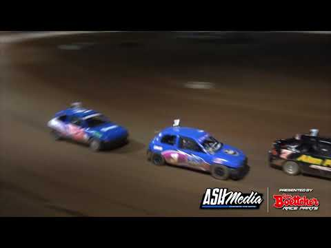 Junior Sedans: Pro1 New Stars Series - A-Main - Maryborough Speedway - 15.05.2021 - dirt track racing video image
