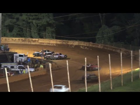 Stock V8 at Winder Barrow Speedway July 24th 2021 - dirt track racing video image