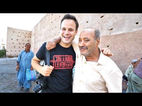 Going DEEP For Street Food in Morocco - BREAKFAST Tour of Marrakech! - UCiAq_SU0ED1C6vWFMnw8Ekg