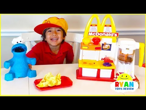 Ryan Pretend Play with McDonalds Toys and cook toys food! - UChGJGhZ9SOOHvBB0Y4DOO_w