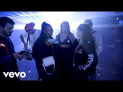 MEGHAN TRAINOR - Behind the Scenes of Let You Be Right - UCf3cbfAXgPFL6OywH7JwOzA