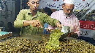 LIVER FRY with MASALA BUN | Tawa Kaleji Bun Kabab at Street Food of Karachi Pakistan