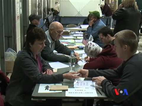 Người Mỹ đăng ký đi bầu cho năm 2012 (VOA)
