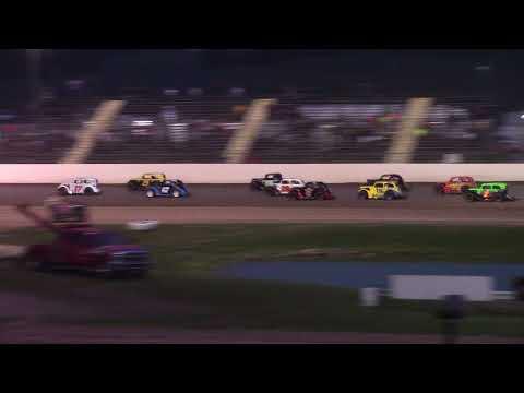 7/31/21 Legend Feature Beaver Dam Raceway - dirt track racing video image