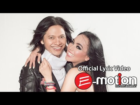 Seperti Legenda (Video Lirik) [Feat. Dewi Gita]
