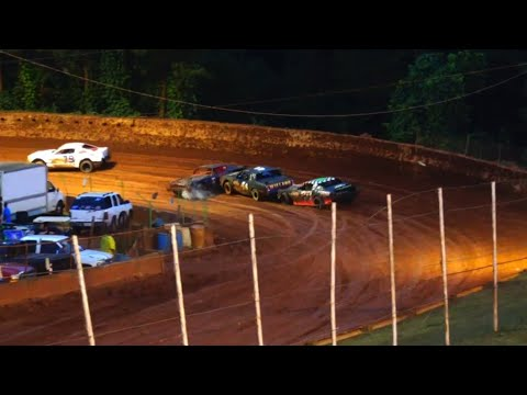 Stock V8 at Winder Barrow Speedway June 5th 2021 - dirt track racing video image