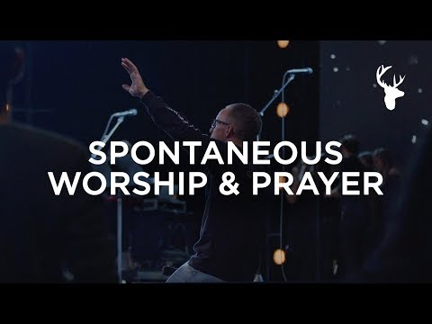 A HOLY MOMENT  SPONTANEOUS WORSHIP & PRAYER
