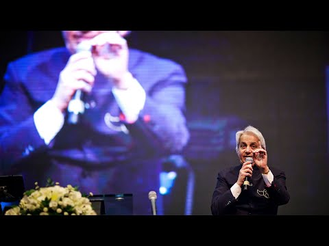 Benny Hinn LIVE Preparation for Ministry - First Class