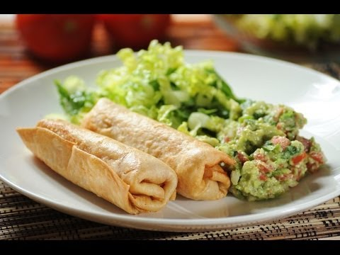 Chimichanga de pollo - Chicken chimichanga - Recetas de cocina mexicana - UCvg_5WAbGznrT5qMZjaXFGA