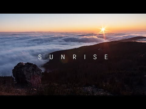 JESTED SUNRISE - THE SEA OF CLOUDS