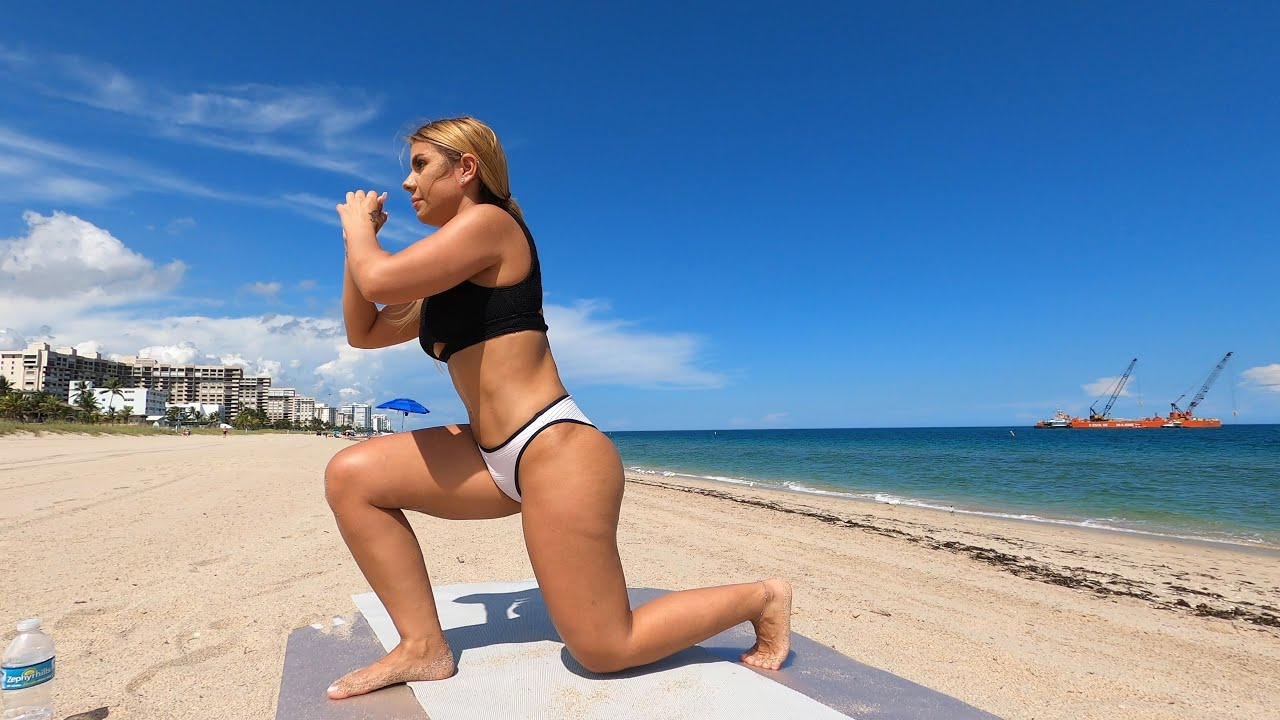 Bikini Butt Lift Workout at the Beach!