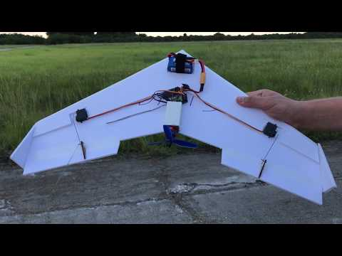 """24"""" flying wing! the Dead Simple 24 $5 scratch build challenge - UCb6s51HCg0K3uf7PiCc872Q"""