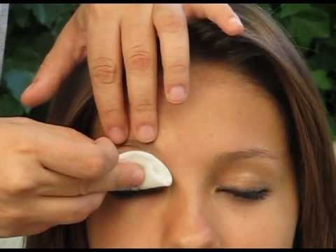 Cómo desmaquillar sin dañar la piel   facilisimo.com - UCWY21A6Q5Iou120HodHB85w