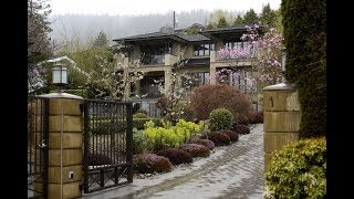 Lucky Vancouverites living like kings in the city's empty mansions