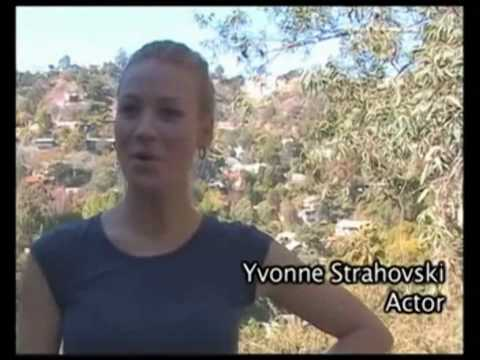 "Yvonne Strahovski and her lovely ""No"""