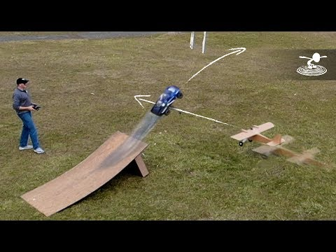 AIRPLANE CAR JUMP STUNT! - UC9zTuyWffK9ckEz1216noAw