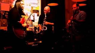 2 minute Jazz improvization - tukiguitarman , Fusion