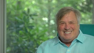 China Tries To Jam Huawei Down The World's Throat!  Dick Morris TV: Lunch ALERT!