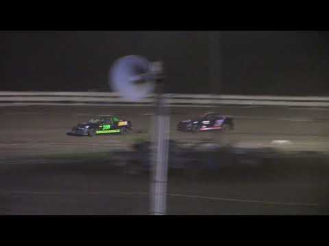 Hummingbird Speedway (8-7-21): Andy Man's Car Care Four-Cylinder Feature - dirt track racing video image